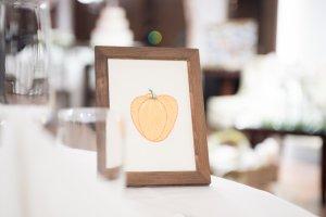 結婚式 テーブルナンバー パプリカ